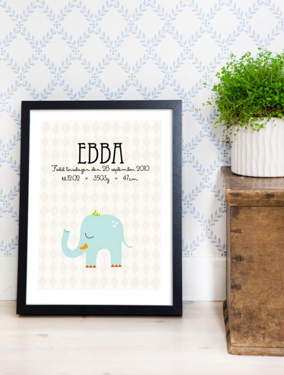 namntavla med elefant